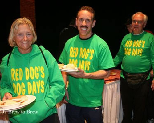 photo of Dog Days runners at Brew to Brew banquet