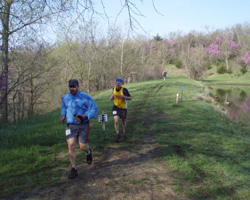 Photo of runners by Lake Henry from Free State Trail Run