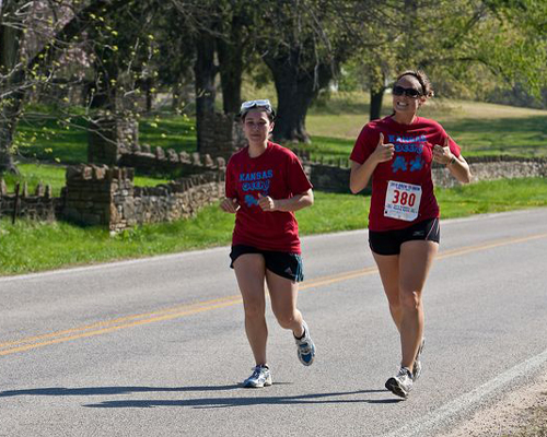 Photo of two Kansas Geeks at about mile 28 on the Brew to Brew Run.