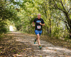Photo of Dan Kuhlman at the Prairie Spirit Fall Classic 50K.
